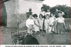 Bild_15__Jeunes_et_moins_jeunes_...-2